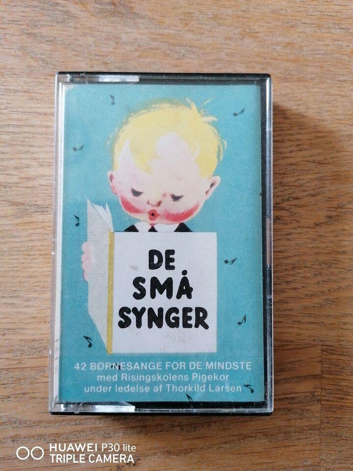 Bånd, De Små Synger, De Små Synger