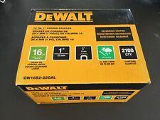 DEWALT 1.5 in Staple Gun Stapler 2000 Pack 16 Gauge Galvanized Crown Staples Box