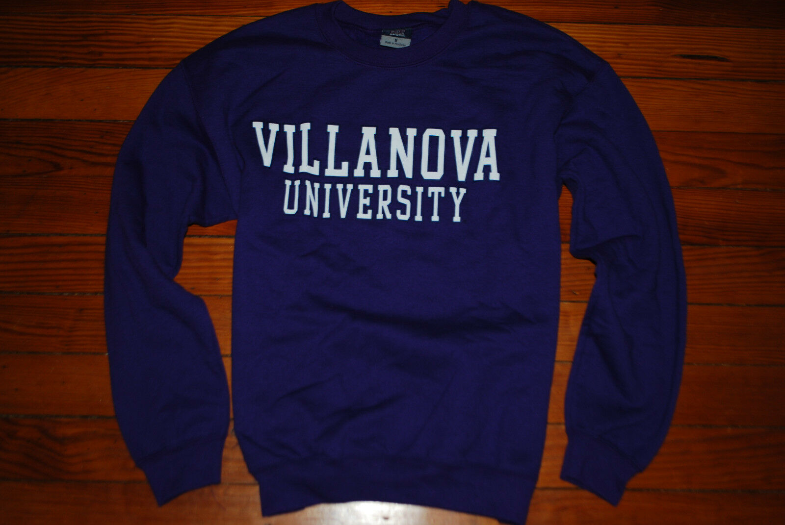 NEW Women's Villanova University Purple Oversized Sweatshirt (Small)