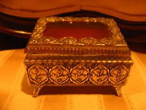 Valentines Vintage Metal Jewelry,Trinket Box with Raised Roses & Clear Top-Japan