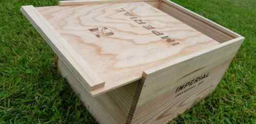 1 X GENUINE WOODEN WINE BOX WITH SLIDING LID STORAGE HAMPER CARD BOX
