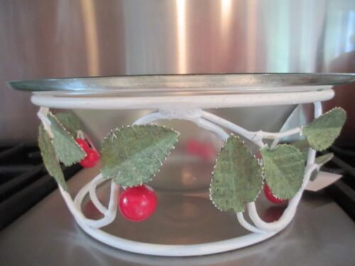 CHERRY PICKIN TIME METAL AND GLASS   CENTER PIECE BOWL  FREE TOWEL