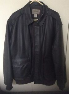 LL BEAN BLACK MEN'S LEATHER JACKET