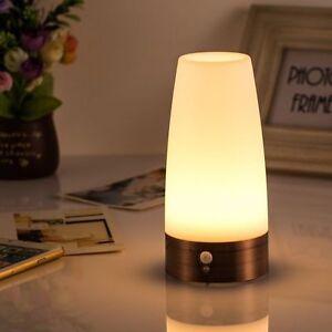 Sans-Fil-Capteur-PIR-Detecteur-de-mouvement-LED-Lampe-Table-Batterie-Veilleuse
