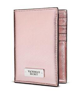 7285de13ced VICTORIA'S Secret Rose Métallique Passport Cover Boîte Portefeuille ...