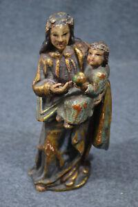 Holzschnitzerei-Madonna-mit-Jesuskind-farbig-gefasst-etwa-Mitte-18-Jhdrt