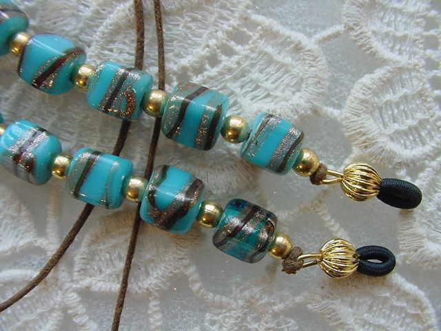 (#E-257) Sky blue swirl glass bead Eyeglass leash holder chain lanyard glasses
