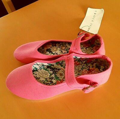 Nuevo Miss Fiori Rosa Zapatos De Lona Talla 1/33 (coste de £ 9.99)
