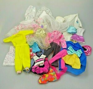Barbie-Kleidung-Konvolut-ca-20-Teile