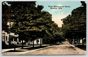 Monroe-Wisconsin-West-Washington-Street-Homes-Dirt-Road-1912-Postcard