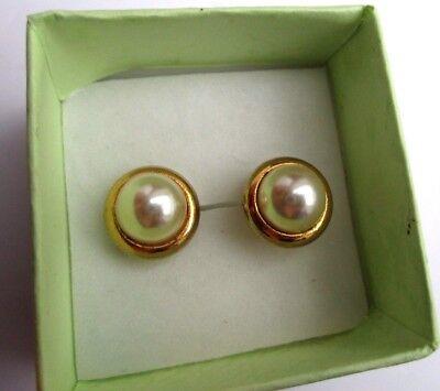 Boucles D'oreilles Percées Bijou Vintage Couleur Or Cabochon Perle Nacrée 677 Da Processo Scientifico