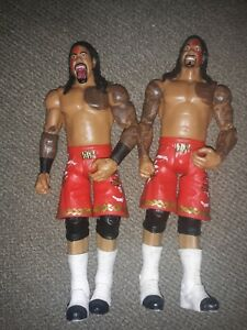 WWE Usos figurines Jimmy /& JAY USO Battle Pack 61 SAMOAN Tag Team