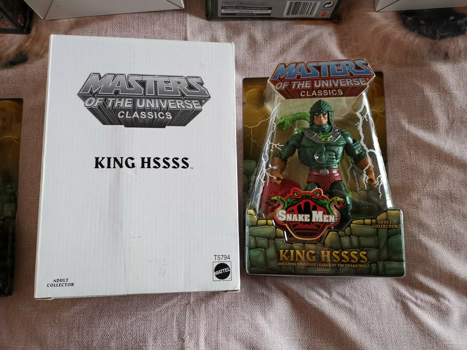 MASTERS OF THE UNIVERSE CLASSICS HE-MAN MOTUC KING HSSSS NUOVO