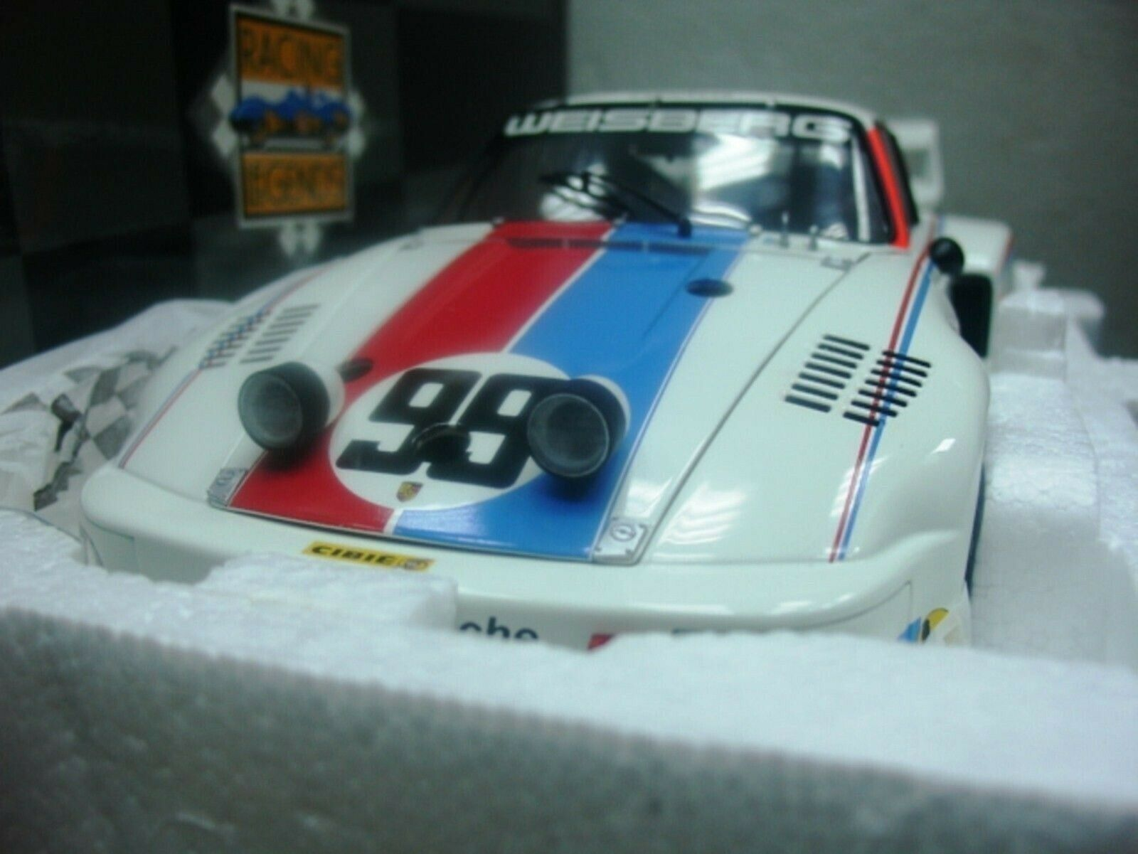 Wow EXTRÊMEMENT RARE PORSCHE 935 Twin Turbo  99 Winner Daytona 1978 1 18 Exoto-934