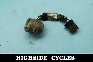 952-06-HARLEY-DAVIDSON-ROAD-KING-REAR-BACK-BRAKE-TAIL-LIGHT-SOCKET