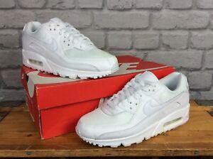Nike-Donna-Air-Max-90-2020-Bianco-Pelle-Mesh-Scarpe-Da-Ginnastica-Rrp-115-Varie-Taglie-T