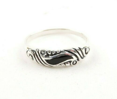 Free Gift Packaging Sterling Silver Black Onyx Wave Textured Band Ring
