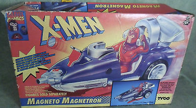 MARVEL COMICS  X-MEN MAGNETO MAGNETRON  TOY BIZ
