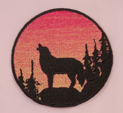 Embroidered Rose Pink Sunset Howling Wolf Silhouette Ombre Circle Patch Iron On