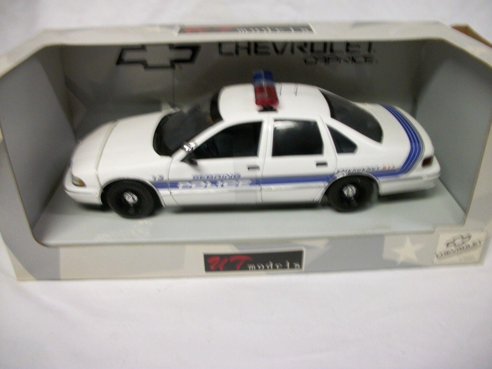 UT MODELS SEBRING POLICE 1 18