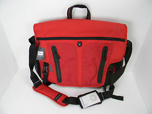 New -  Victorinox University Collection Charles Laptop Messenger -  Red