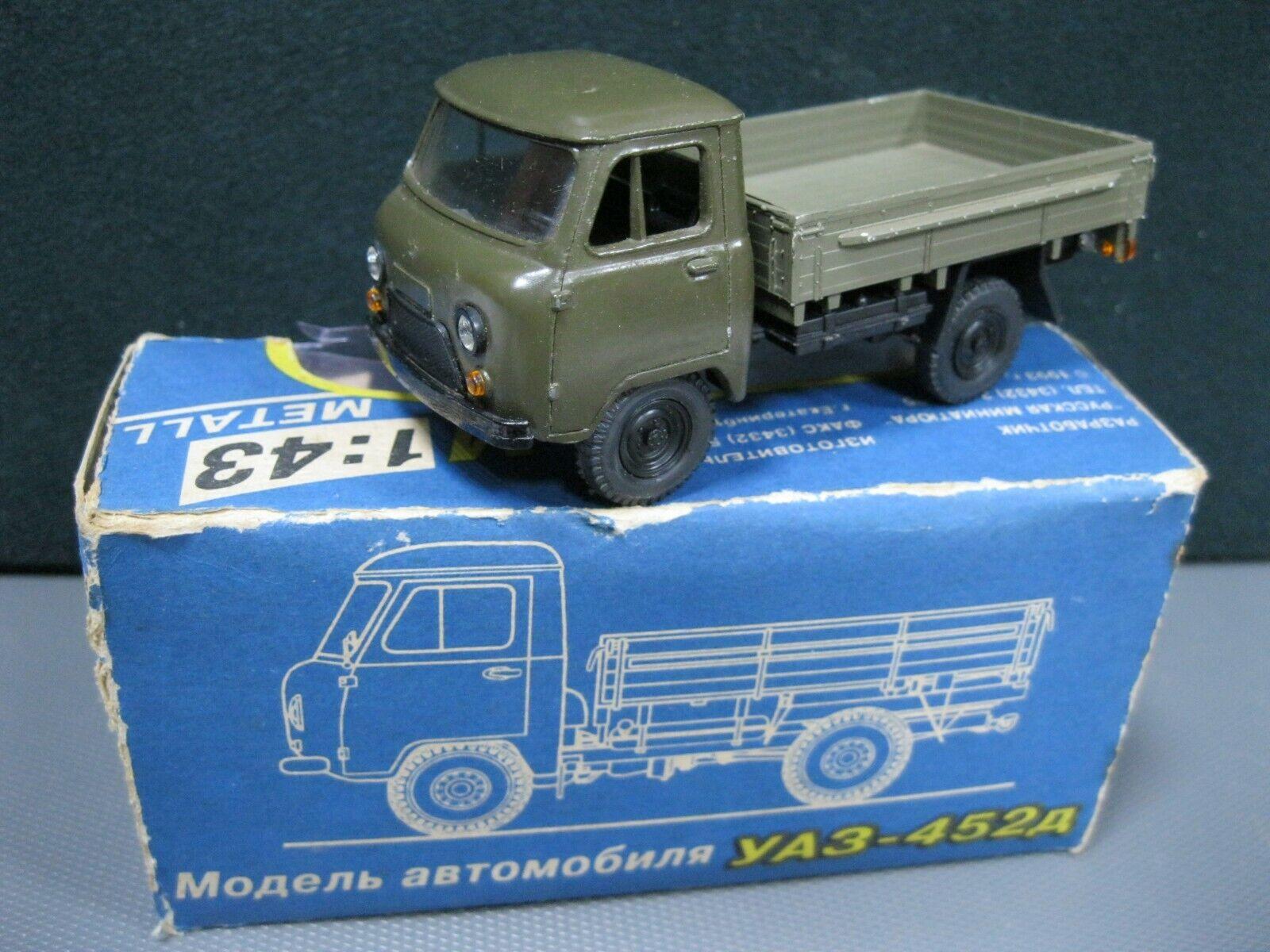 Vintage Legendary Car model UAZ 452 D diecast 1 43 Box Russia USSR