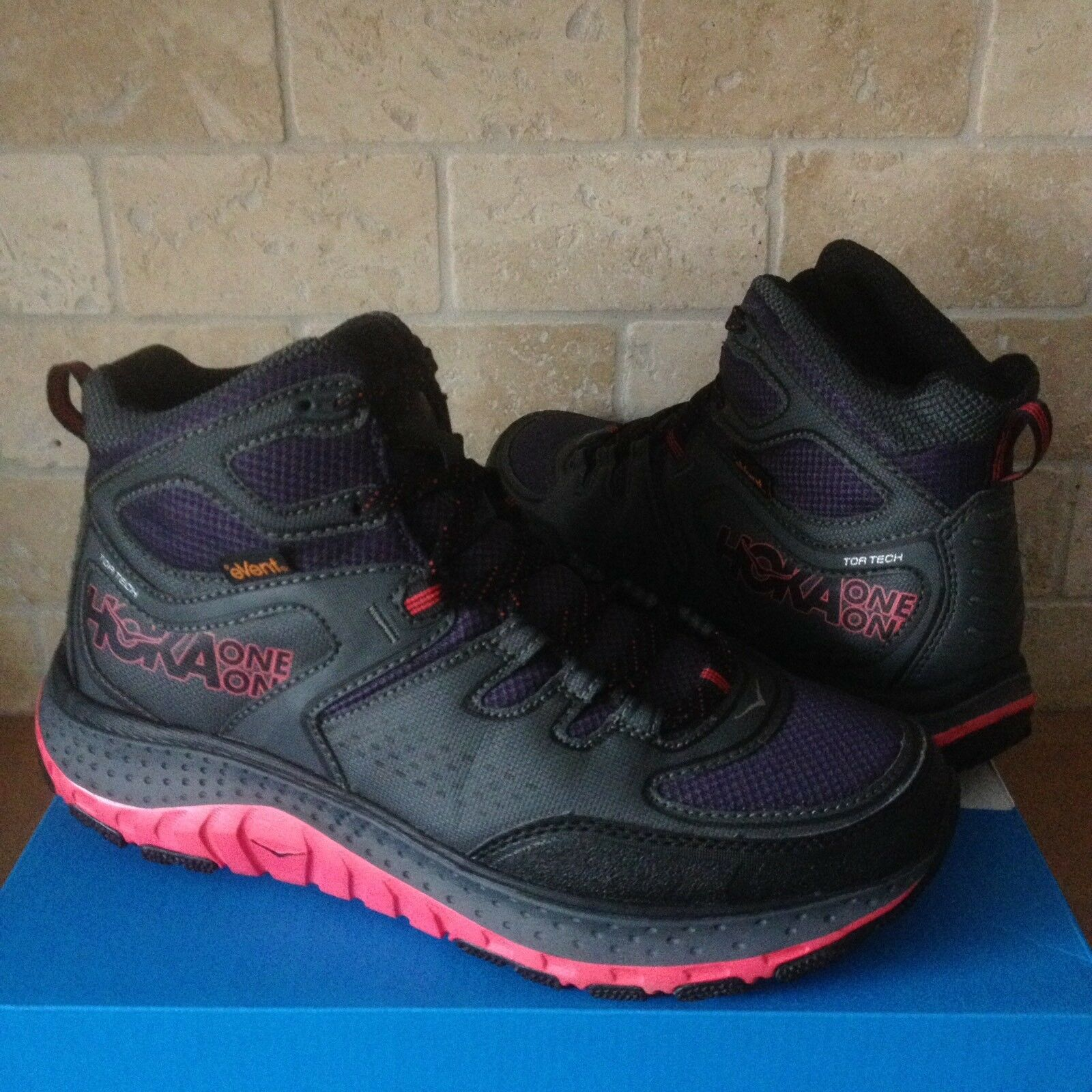 HOKA ONE ONE TOR TECH MID WP TEABERRY TRAIL HIKING  Chaussures  BOOTS SIZE 10.5 femmes