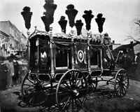 8x10 Photo: President Abraham Lincoln Hearse In Springfield, Illinois - 1865