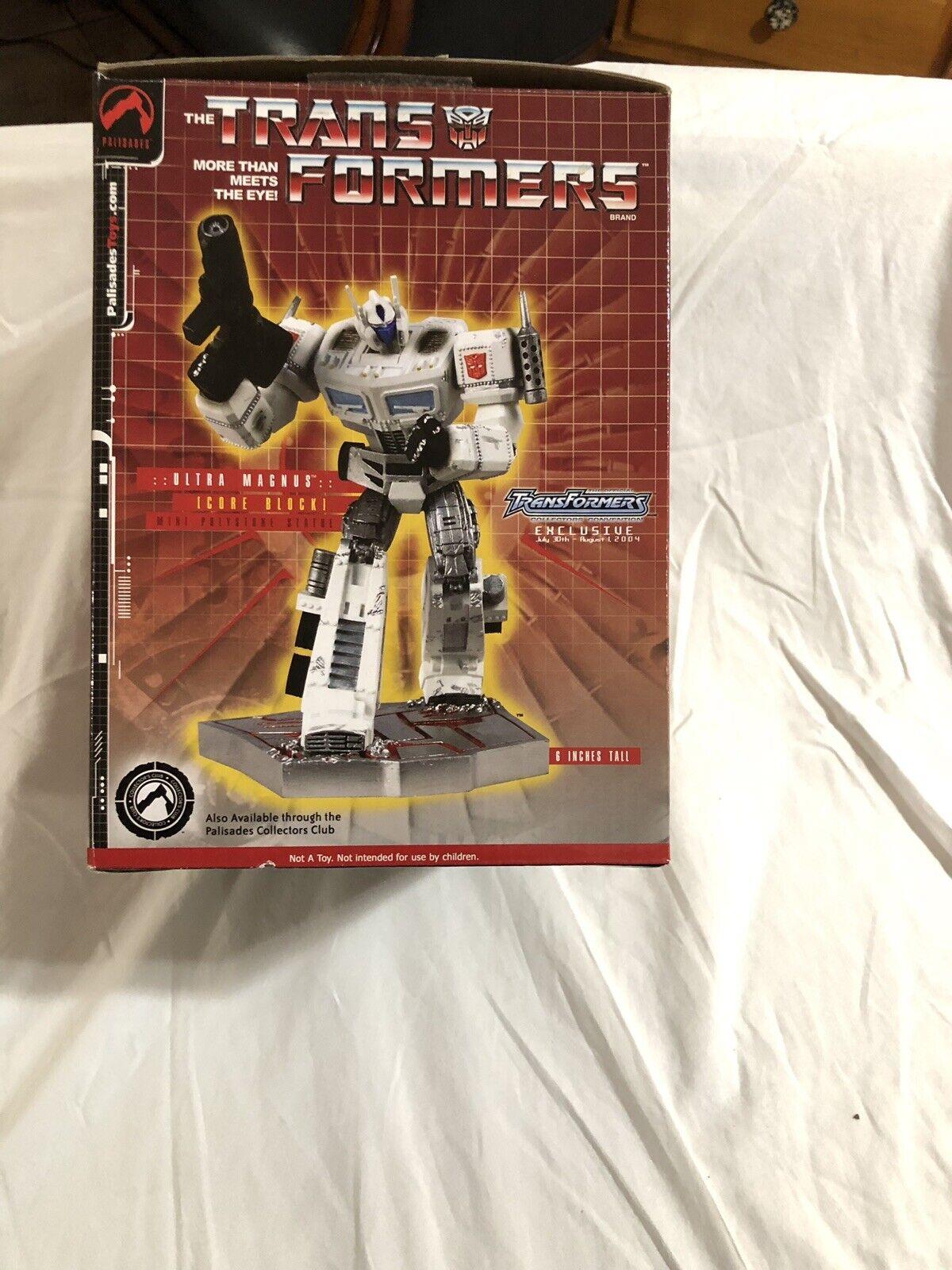 Transformers Ultra Magnus mini statue by PalisadesToys