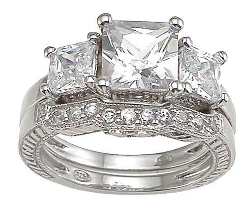 4 CARAT .925 STERLING SILVER PRINCESS CUT 3 STONE WEDDING ENGAGEMENT RING SET