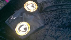 Boule zombie volante rare de collection,dorée en 2 demie parties avec foulard