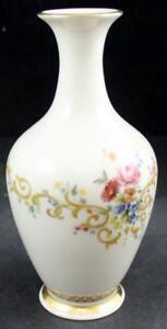 Lenox-China-QUEENS-GARDEN-Bud-Vase-GREAT-CONDITION