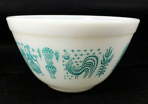 Vintage Pyrex Amish Butterprint 1.5 Pt Small Mixing Bowl #401 Turquoise White