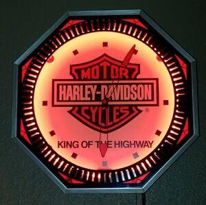 Vintage-Harley-Davidson-King-Of-The-Highway-Octagon-Neon-Clock-RARE-NO-RESERVE