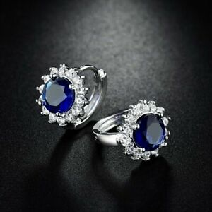 18k-White-Gold-Sapphire-Blue-and-White-crystal-Stud-Earrings-321