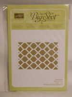 Stampin Up Retired modern Mosaic Embossing Folder - In Package