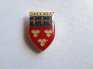 Pin-Metall-Pin-Staedtepin-Orleans-Frankreich