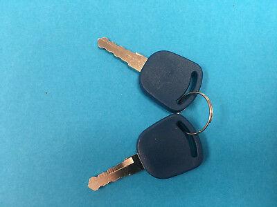 TS90 82003267 Ford New Holland Ignition Keys TS110 TS115 82030143, 2 TS100