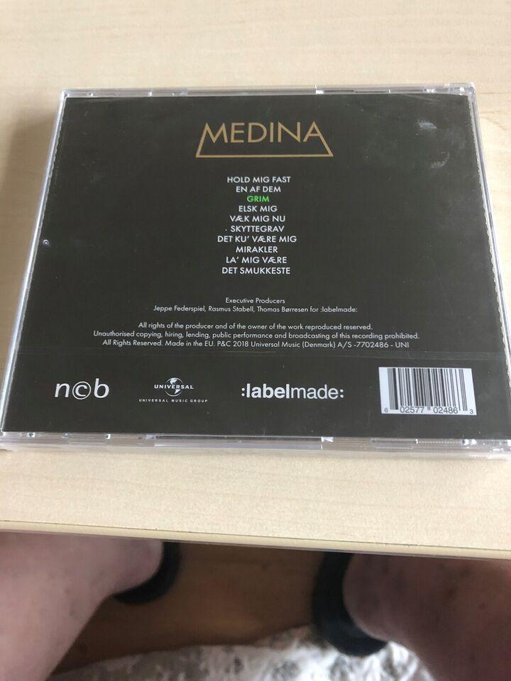Medina: Grim, pop