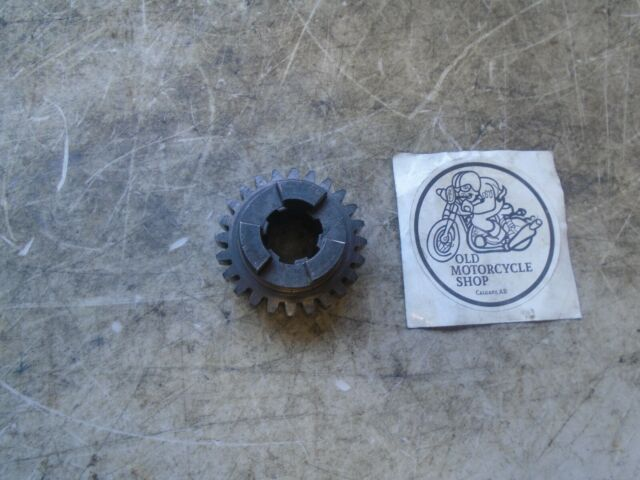 NORTON COMMANDO LAYSHAFT 2nd GEAR OEM 04-0019