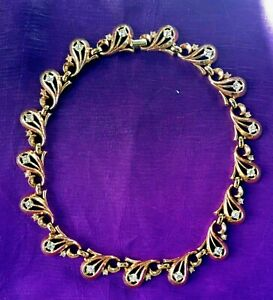 FABULOUS-TRIFARI-1949-Rhinestone-with-Goldtone-Necklace-Excellent-Vintage-Cond