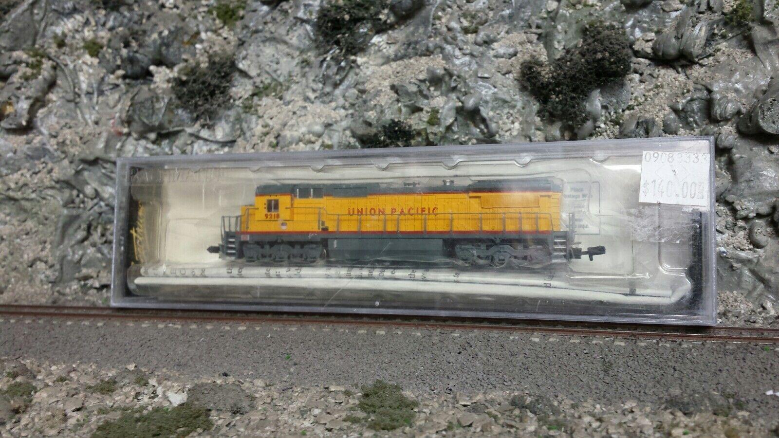 N scale UP Union Pacific 8-40C diesel locomotive