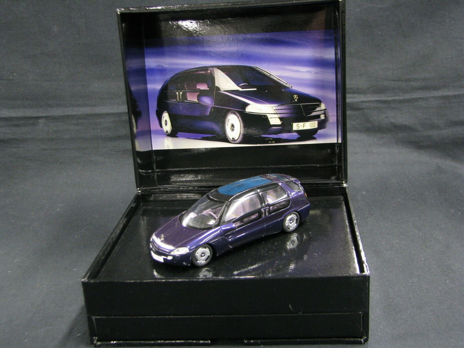 Spark Mercedes-Benz F100 Concept Car 1991 1 43 Purple Metallic (JS)