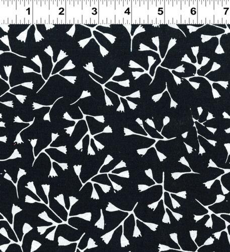 Batiks Botanica 3 Batik Cotton Fabric Clothworks Black /& White quilt Fabric FQ