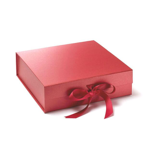 Luxury Plain Keepsake Gift Box Large 30cm x 30cm x 9cm Magnetic Lid Ribbon
