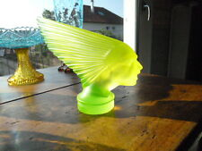 "RARE / SUPERBE  statuette "" INDIENNE ""  en verre OURALINE / URANIUM GLASS"