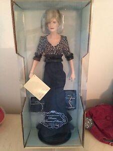 Franklin-Mint-Diana-Princess-Of-Wales-Porcelain-PRINCESS-OF-NOBILITY-Doll