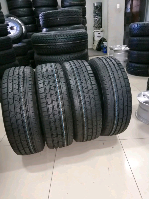 255 /70 R16 CONTINENTAL CROSS CONTACT TYRES