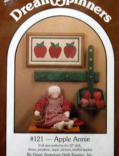 """Dream Spinners Primitive Country Doll pattern 22/"""" apple applique wallhanging"""