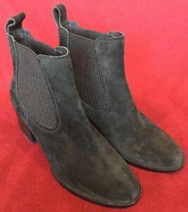UGG Womens Size 10 Faye Chelsea Boots